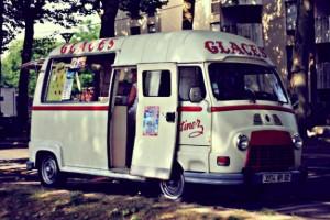 1389010759glaces-martinez-food-truck-de-glaces-camion-paris